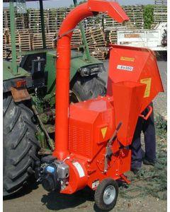 Tocator de crengi si resturi vegetale Caravaggi BIO 200 actionat de tractor intre 20-30CP